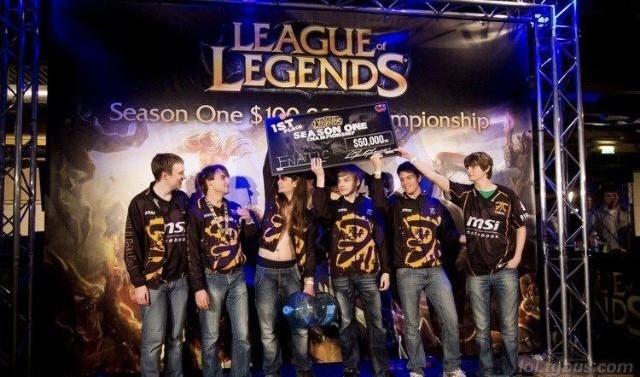 英雄联盟S1到S8全球总决赛的冠军大盘点 S1冠军:FNC(Fnatic战队)
